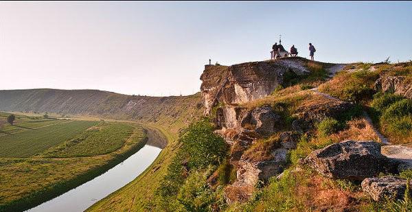 Тур в Молдову из Одессы. Экскурсия по Старому Орхею.