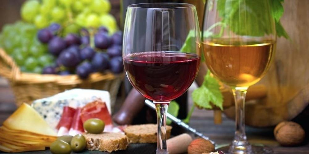 Фестиваль вина в Молдове из Одессы. Кишинев.