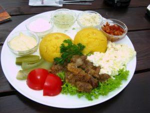 Кишинев. Обед в национальном ресторане. Тур из Одессы.