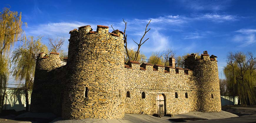 Тур в Молдову из Одессы. Замок Кожушна