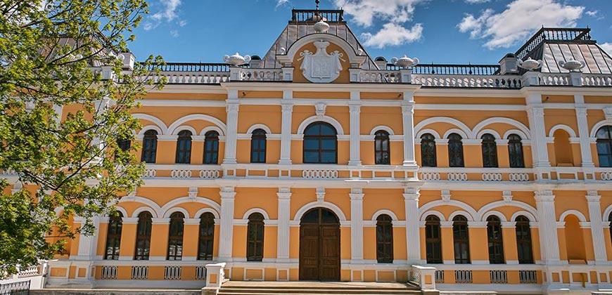 Замок Манук-Бэй. Хынчешты. Тур в Молдову из Одессы.